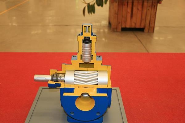 高粘度泵保养